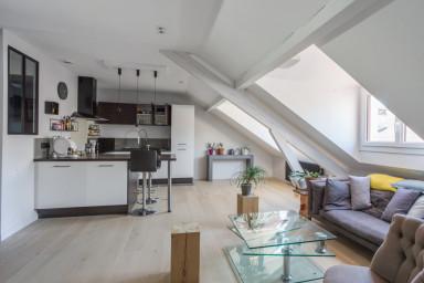 Bel appartement avec garage, esprit loft, au coeur d'Annecy