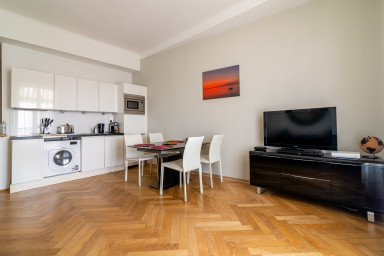 Superbe grand appartement, en plein coeur du centre de Cannes
