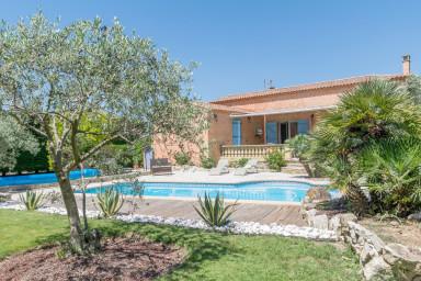 Villa Musiqueja - Beautiful villa, heaven of peace in Provence for 4