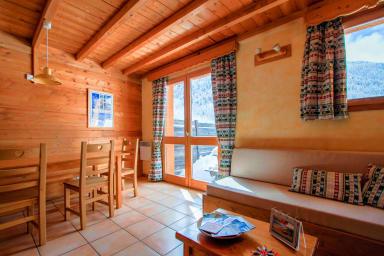 Chalet Le Gouroùn  Hameau des Chazals Nevache Hautes Alpes