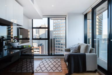 Logan, 2BED Sky-High SUPER Central