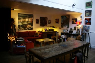 2-Bedroom Painter's Home in the 17th Arrondissement