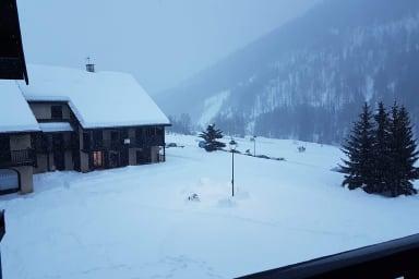 Vue hivernale depuis balcon.