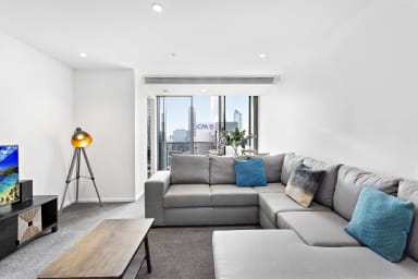 Sonya, Sensational 2BDR Southbank Apartment