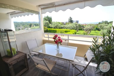 Apartment with seaview in holiday residence with swimming pool and tennis
