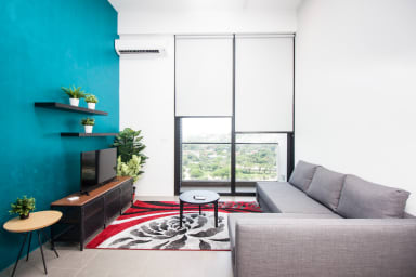Living room with extendable queen sofa bed