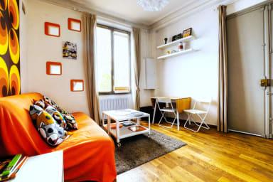 Appartement Rustique á 1 Chambre dans Montmartre