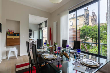 Bright 3BR Apartment with Garden in Gambetta