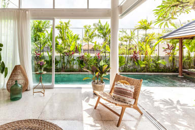 Modern Private Villa, 2 BR, Canggu w/ staff