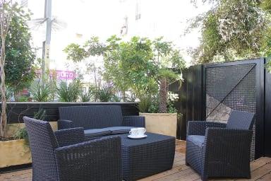 Mendele 14 left -PERFECT Location, Lovely terraces