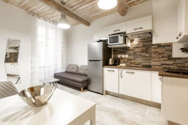 101 Villa Emy dans le Safranier