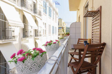 Tiffany's Luxury 2BR in Plaka with Acropolis View by JJ Hospitality