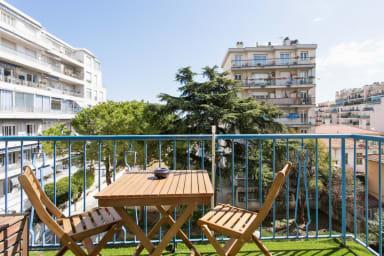 Charmant T3, avec balcon, proche de La Promenade des Anglais