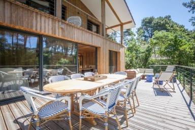 jolie villa en bois pour 10 pers.