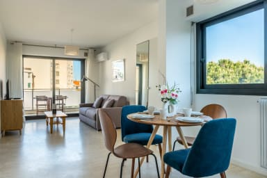 Cannes Studio Perfect for Couples next to La Croisette and Beach by easyBNB