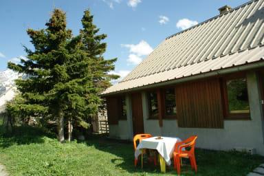 Appartement avec balcon face à la forêt - Monique Carrel
