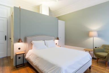 Modern Room in Heart of Porto (Free Breakfast) 1