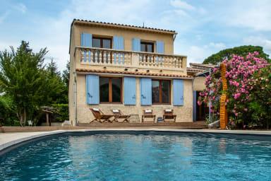 Belle villa avec piscine proche de la rivière !