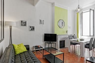 Calm artist flat close to train station and city center - Welkeys