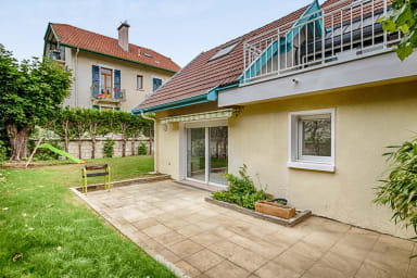 T2 dans une maison avec terrasse, proche centre-ville et lac - Welkeys