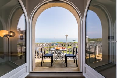 Appartement Keyweek en Duplex face à l'océan avec Balcon et Garage