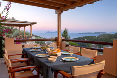 Villa Giancarlo - Lovely Villa with Stone and Wood Elements in Sivota Bay