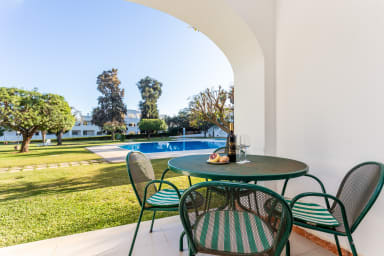 Albufeira Garden Apartment with Pool