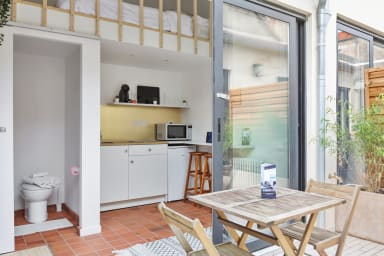 Mini maison dans les puces de Saint-Ouen à 10 min de Paris - Welkeys