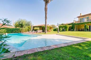 Villa Louna / Magnifique villa Provençale au coeur de Saint-Tropez