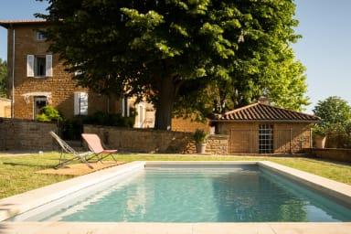 Villa Toscane, villa d'exception avec vue sur le Beaujolais