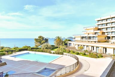 Modern flat with terrace and sea view in Ajaccio - Welkeys
