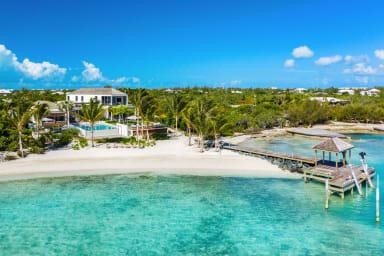 Cabuya Villa // Exclusive villa with private dock