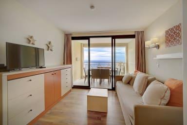 IMMOGROOM- Magnificent view- Pool-Terrace- Parking- CONGRESS/BEACHS