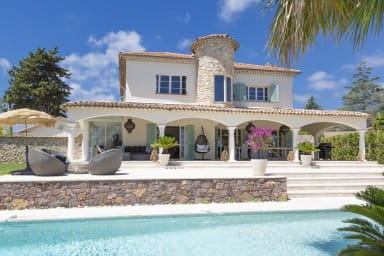 Nice exterior for chillin