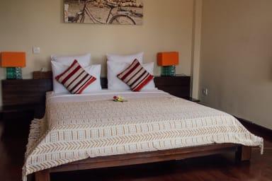 Studio Sami Luwih (Atas) | Private apartment in Seminyak with shared pool