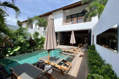Luxury Private Loft, 2 BR, Canggu w/ staff