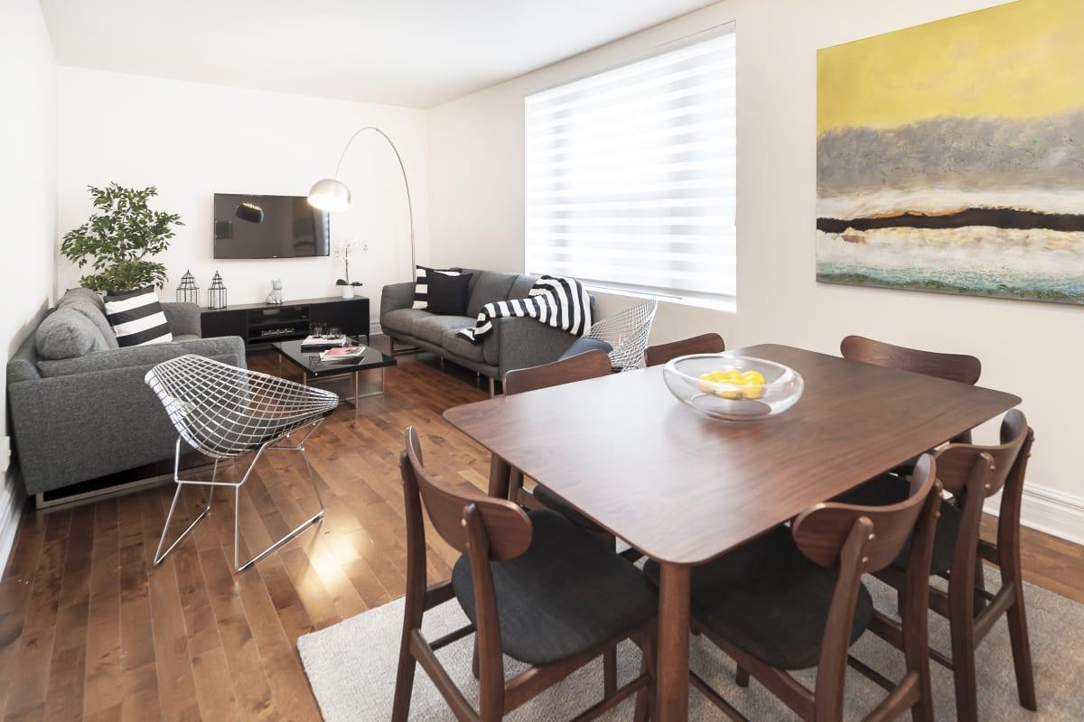 Linge De Maison Montréal appartement 2 chambres au stanley court à downtown montreal