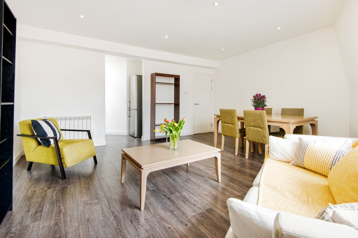 HAMPSTEAD SUITES Lovely 2-Bedroom Apartment photo 20447564