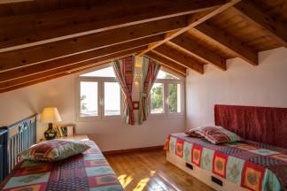 Mezzanine bedroom 4 concept that looks appealing