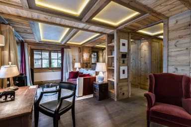 luxury ski holidays - Courchevel -Small place - Chalet Bastidons