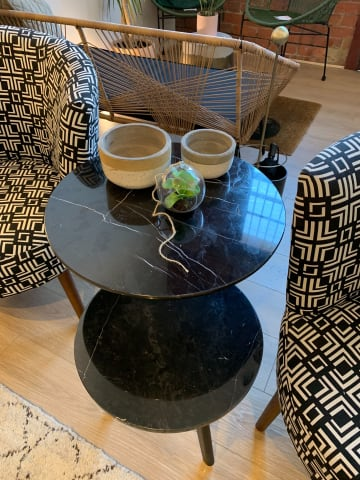 Cushla side table black marble 02
