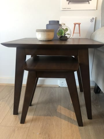 Elizabeth nest of tables walnut 01