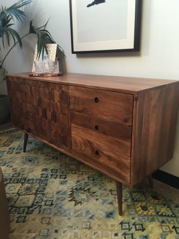 Thomas sideboard 04