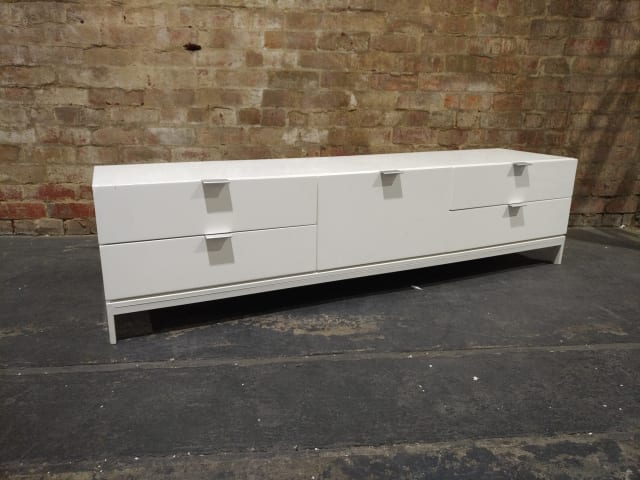 Josie large entertainment unit glossy white 03