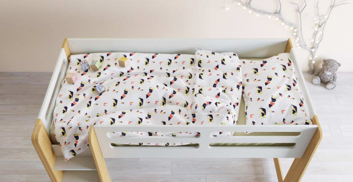 Sitting Deer Kids Duvet Cover Set