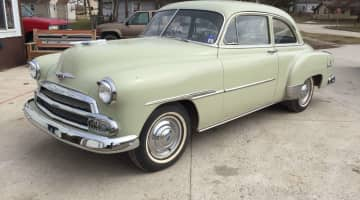 1951 Chevy Deluxe - id 3751