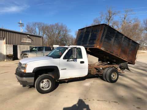 2004 Chevrolet 3500 4x4 dumpbed truck for sale Exira, IA - stock number 3973