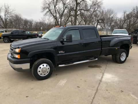 2005 Chevrolet 3500 crewcab LTZ 4x4 dually diesel truck for sale Exira, IA - stock number 3962