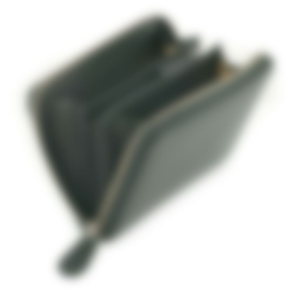Malvern leather zip purse open