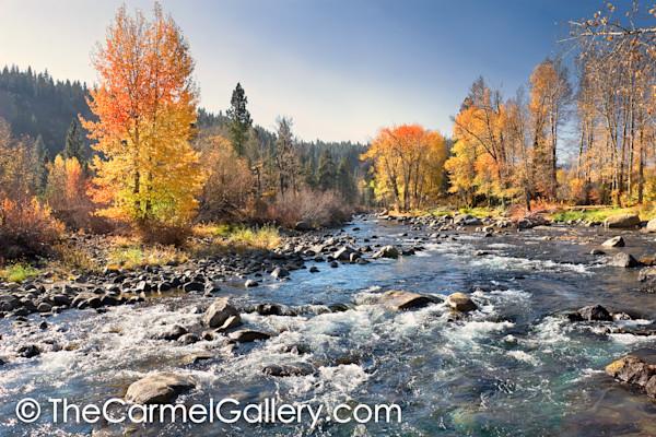 Truckee_river_rapids_looudw